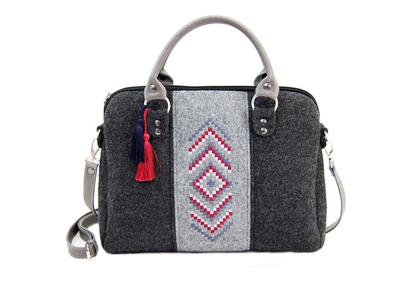 Farbotka Handtasche